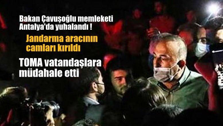 Bakan Çavuşoğlu memleketi Antalya'da yuhalandı !